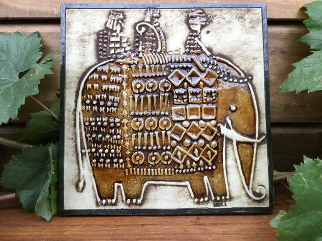 #lisalarson #lisalarsonceramic#lisalarsonsweden#lisalarsongustavsberg#lisalarsonkeramik #lisalarsonrelief#lisalarsonelephants#vægrelief#elefant#keramik#stentøj#interiør#indretning#boligindretning#madeinsweden#vejle#paulinekdk#vintage