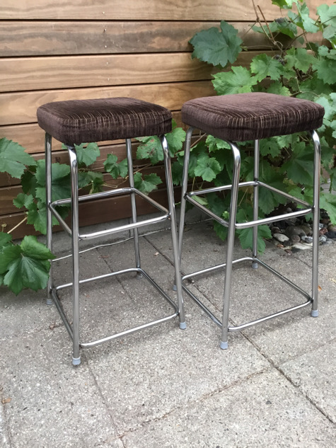 #barstol#chrom#chrome#chrombarstol#fløjl#jernbanefløjl#midmod#vintage#genbrug#genbrugsguld#indretmedgenbrug#paulinekdk#vejle#interiør#boligindretning#indretning#