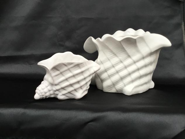 #konkylieskjuler #konkylie#konkylievase #porcelæn#paulinekdk#vejle#vintage #forsale#loppefund #genbrug #midmod#classic #interiordesign #homedecor#boligindretning #indretning #interiør#genbrug #indretmedgenbrug #forsale#sælges #tilsalg#vejle