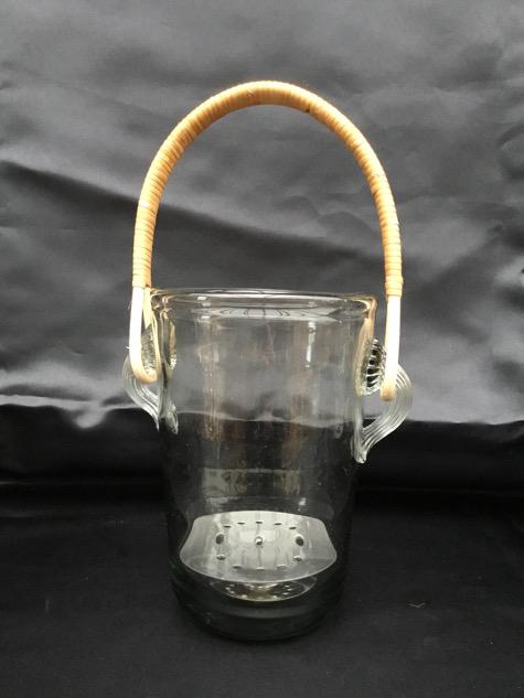 #krystalglas #isspand #basthank#holmegaard #holmegaardglas#holmegaardisspand#neptun#borddækning#midcenturymodern #danishmodern#tilsalg #sælges #forsale #loppefund#genbrug #midmod #classic#interiordesign #homedecor#bæredygtig #indretning#indretmedgenbrug#holmegaardvinkøler #jacobebang