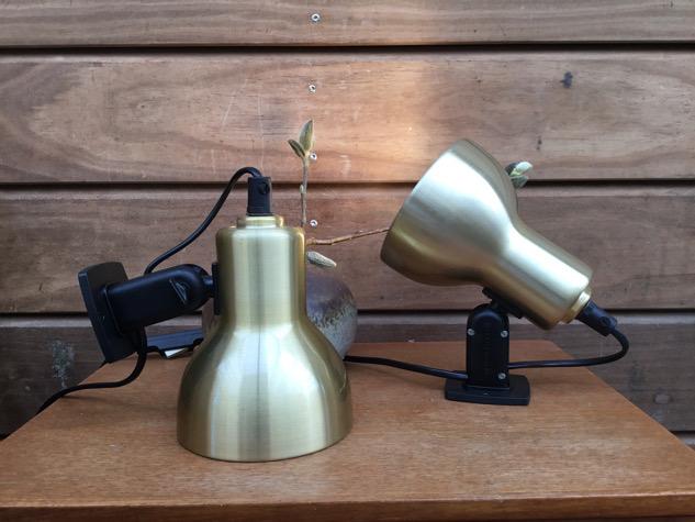 #schmidtslampedesign#væglamper#vægspot#belysning#væglampe#messsinglampe#danishdesign#danishlamp #messing #vintagelamp#danishdesign #midcenturymodern#danishmodern #tilsalg #sælges#forsale #loppefund #genbrug#midmod #classic #interiordesign#homedecor#paulinekdk #vejle
