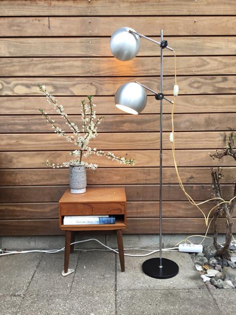 #balllampe#frandsenlamp#hornlampe#eshorn #gulvlampe#læselampe#messinggulvlampe#danishdesign #danishlamp #messing#skalalamp#vintagelamp #brass#danishdesign #midcenturymodern#danishmodern #tilsalg #sælges#forsale #loppefund #genbrug#midmod #classic #interiordesign#homedecor#paulinekdk #vejle