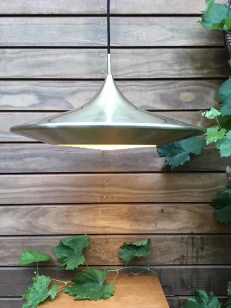 #lampe#danishdesign#kulilamp#ejnarmielby#kobber#copperlamp#tilsalg#sælges #lampe #pendel#vintagelamp#lyfa #lyfalamp #vintage#belysning#brass#messinglampe#midcenturymodern#danishmodern #tilsalg#sælges#forsale #genbrug#midmod#classic #interiordesign#homedecor#paulinekdk #vejle